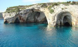travelling-to-the-blue-cave-6221.jpg